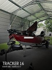 2021 Tracker Boats boat for sale, model of the boat is Super Guide V-16 SC & Image # 1 of 4