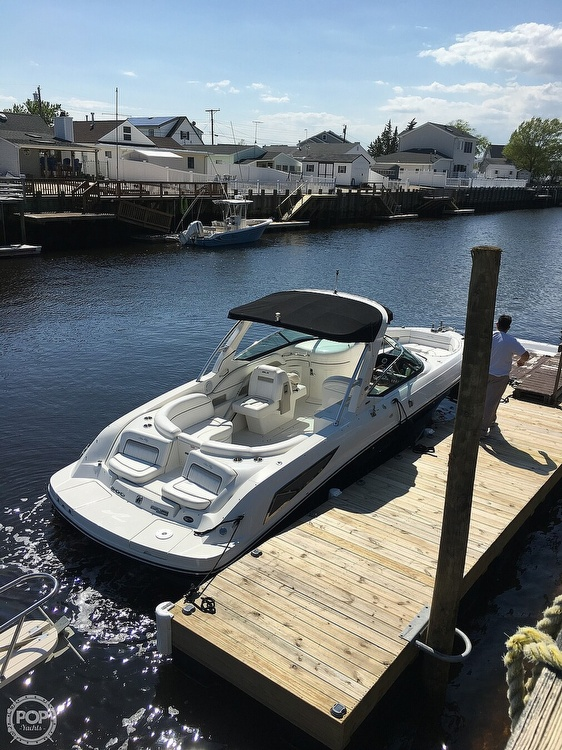 2010 Sea Ray boat for sale, model of the boat is 300 SLX & Image # 3 of 40