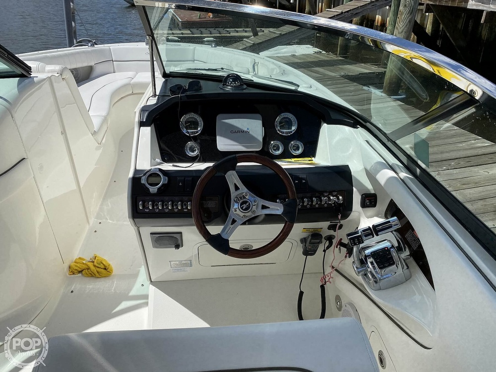 2010 Sea Ray boat for sale, model of the boat is 300 SLX & Image # 5 of 40