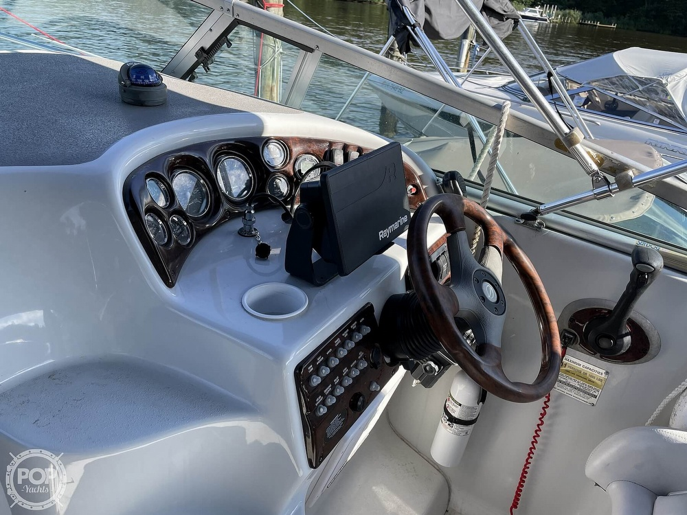 2002 Crownline boat for sale, model of the boat is 262 & Image # 4 of 40