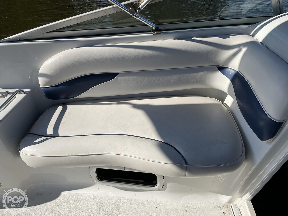 2002 Crownline boat for sale, model of the boat is 262 & Image # 25 of 40