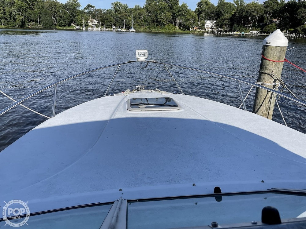 2002 Crownline boat for sale, model of the boat is 262 & Image # 27 of 40