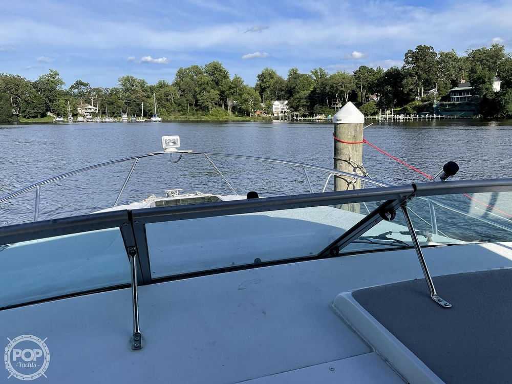 2002 Crownline boat for sale, model of the boat is 262 & Image # 28 of 40