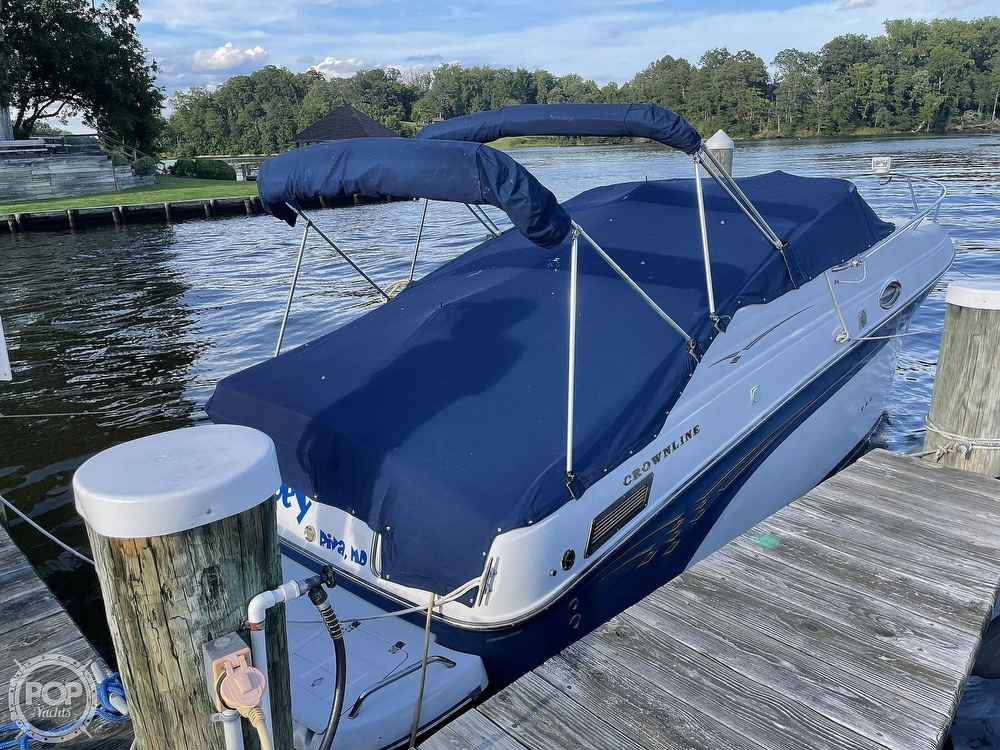 2002 Crownline boat for sale, model of the boat is 262 & Image # 2 of 40