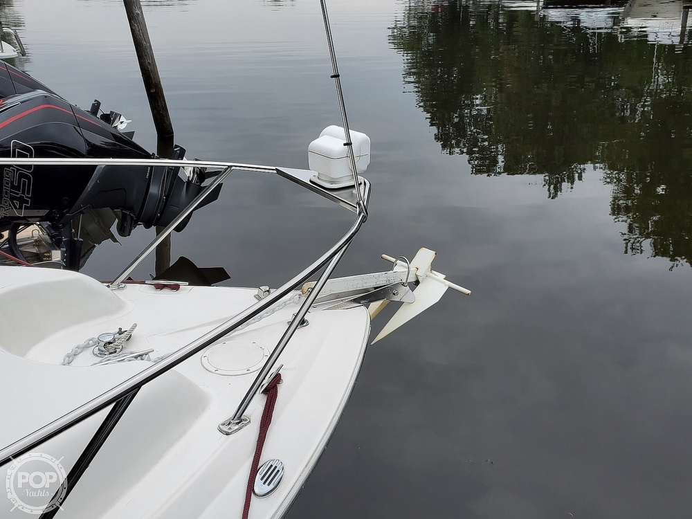 2005 Larson boat for sale, model of the boat is 240 Cabrio & Image # 6 of 40