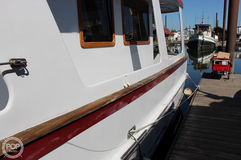 1979 Tayana boat for sale, model of the boat is 42 Europa Sedan Trawler & Image # 10 of 40