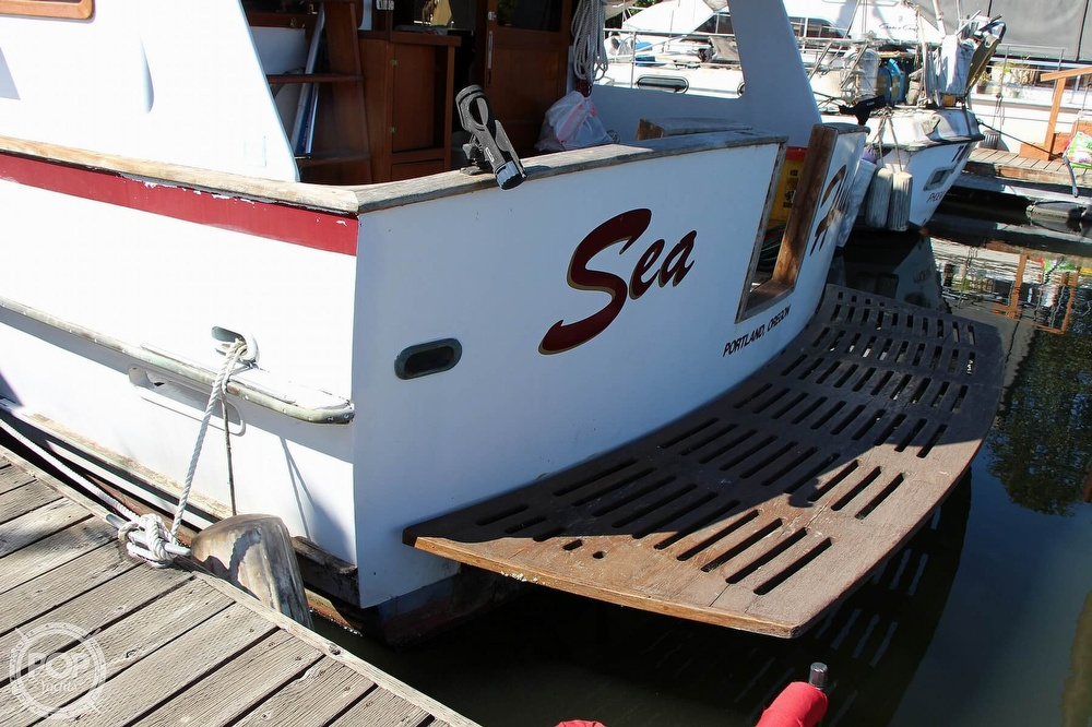 1979 Tayana boat for sale, model of the boat is 42 Europa Sedan Trawler & Image # 15 of 40