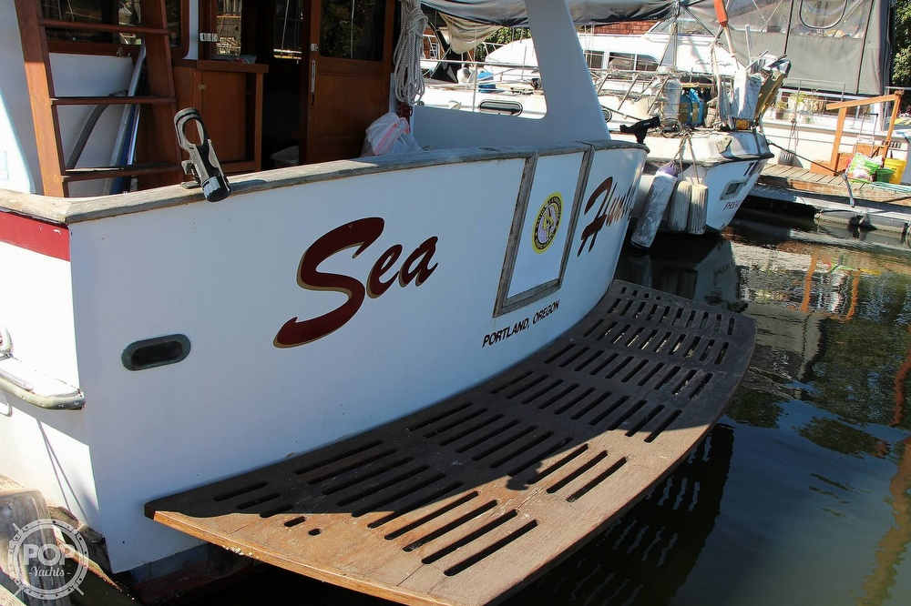 1979 Tayana boat for sale, model of the boat is 42 Europa Sedan Trawler & Image # 18 of 40