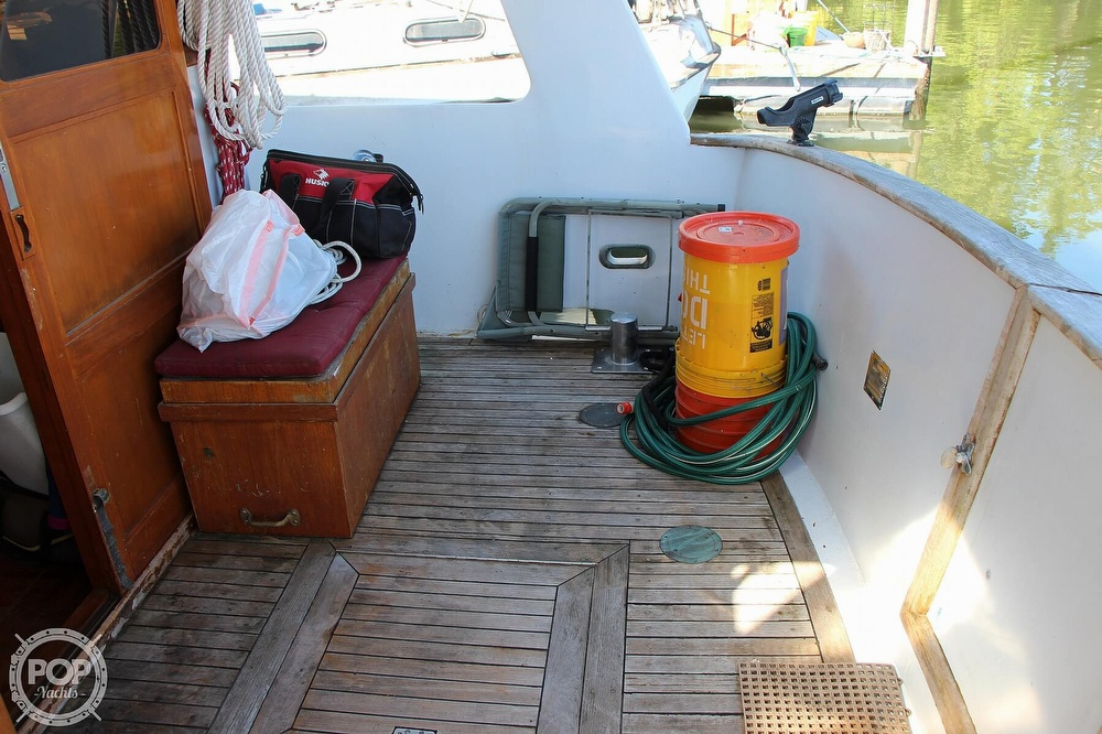 1979 Tayana boat for sale, model of the boat is 42 Europa Sedan Trawler & Image # 25 of 40