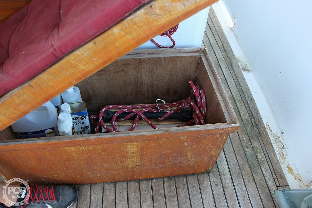 1979 Tayana boat for sale, model of the boat is 42 Europa Sedan Trawler & Image # 30 of 40