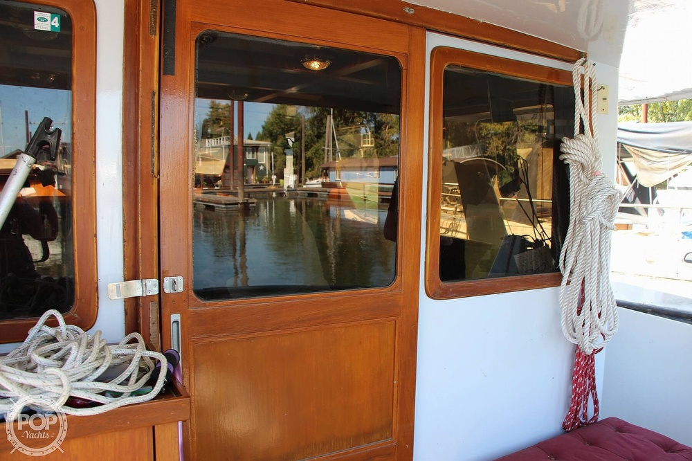 1979 Tayana boat for sale, model of the boat is 42 Europa Sedan Trawler & Image # 32 of 40