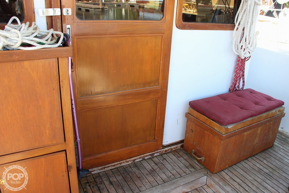 1979 Tayana boat for sale, model of the boat is 42 Europa Sedan Trawler & Image # 33 of 40