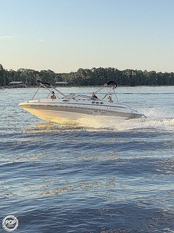 2007 Larson boat for sale, model of the boat is 254 ESCAPE & Image # 4 of 40