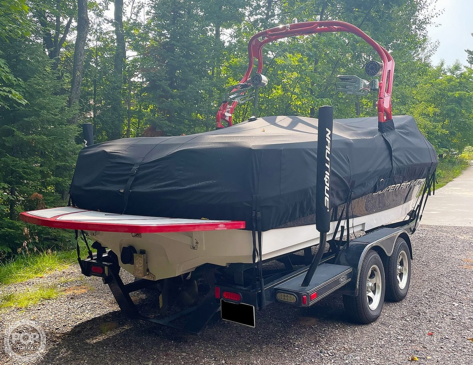 2011 Correct Craft boat for sale, model of the boat is Super Air Nautique 226 & Image # 4 of 28