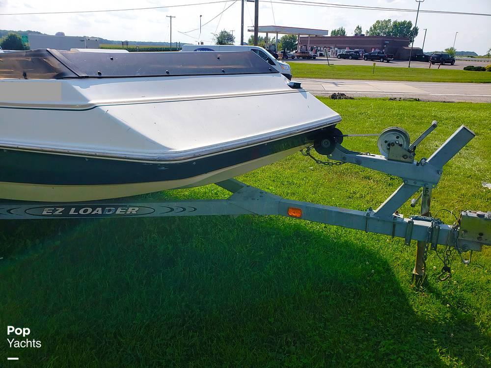 1995 GW Invader boat for sale, model of the boat is Rivera 206 Supreme & Image # 17 of 30