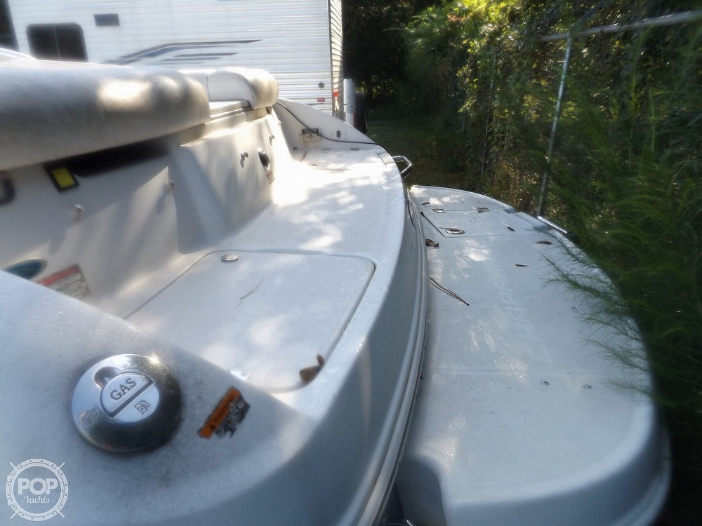 2007 Chaparral boat for sale, model of the boat is 210 SSi & Image # 6 of 40