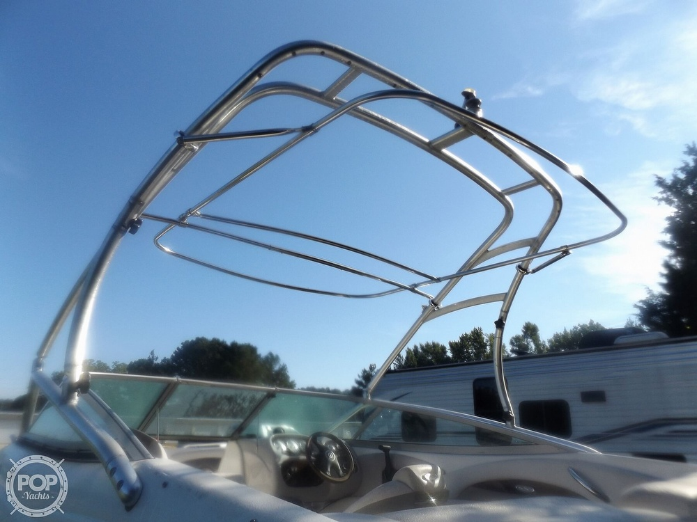 2007 Chaparral boat for sale, model of the boat is 210 SSi & Image # 7 of 40