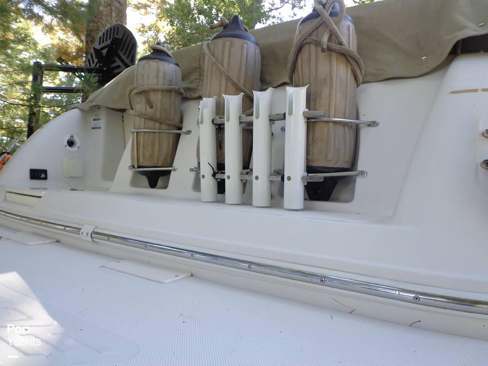 2004 Ebbtide boat for sale, model of the boat is Mystique 2500 Mid Cabin & Image # 19 of 40
