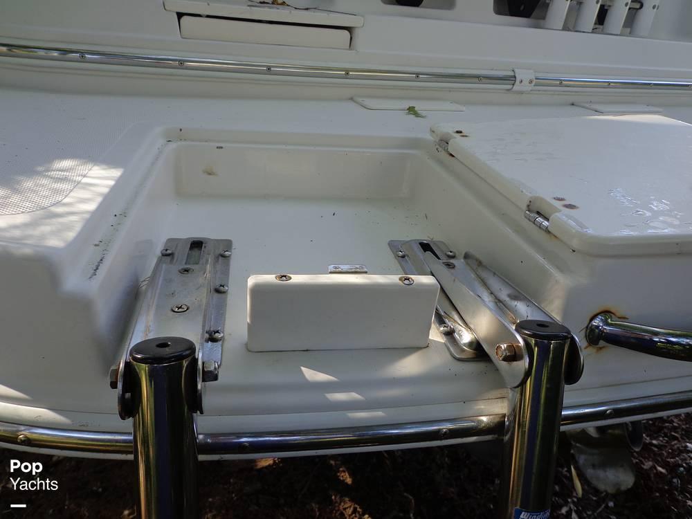 2004 Ebbtide boat for sale, model of the boat is Mystique 2500 Mid Cabin & Image # 24 of 40