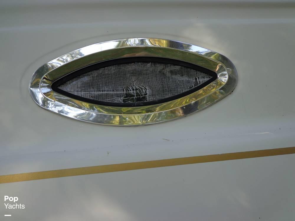 2004 Ebbtide boat for sale, model of the boat is Mystique 2500 Mid Cabin & Image # 33 of 40