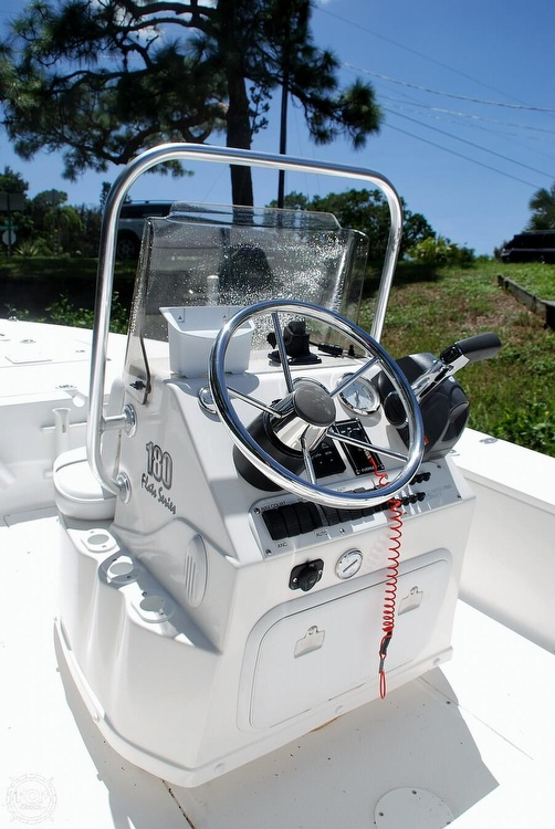 2005 Carolina Skiff boat for sale, model of the boat is Sea Chaser 180 Flats Series & Image # 9 of 40