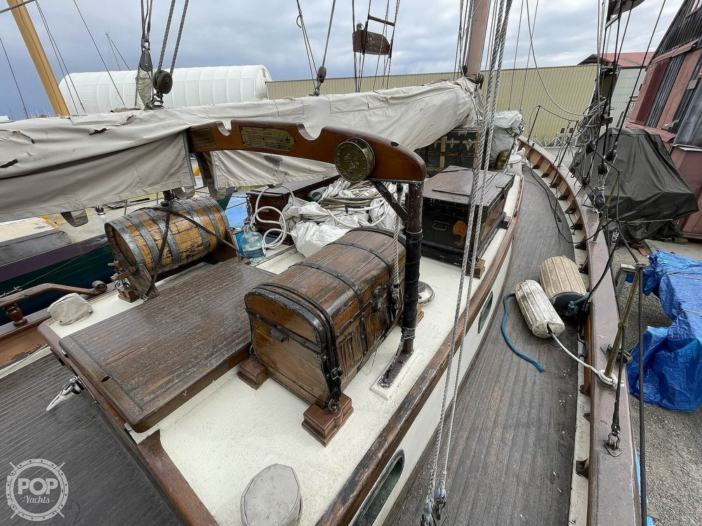 1968 Armstrong boat for sale, model of the boat is 52 & Image # 9 of 40