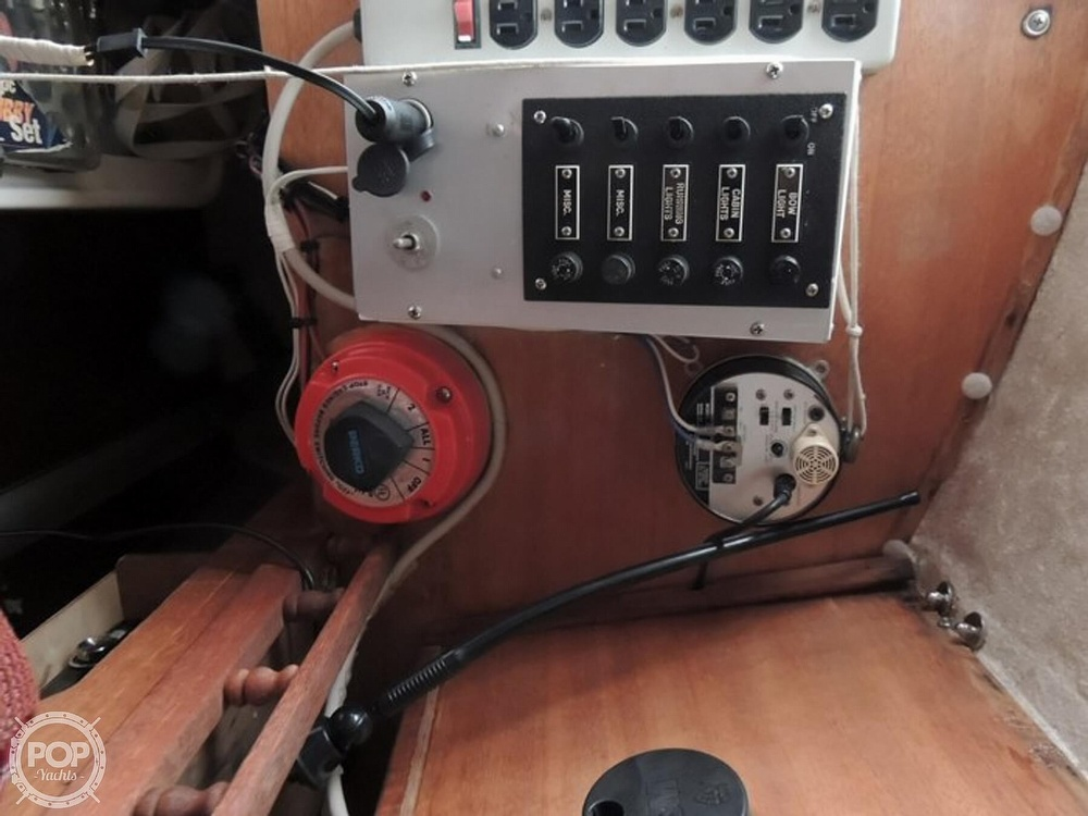 1981 Com-Pac boat for sale, model of the boat is CP-23 & Image # 18 of 37