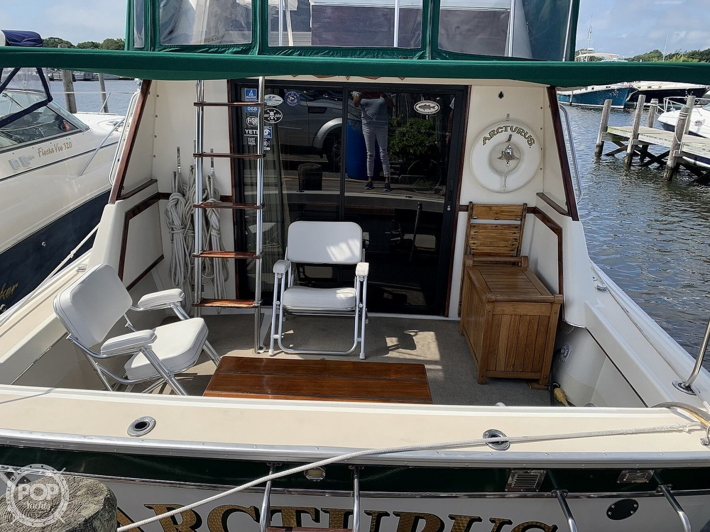 1984 Silverton boat for sale, model of the boat is 34 Convertible & Image # 8 of 40