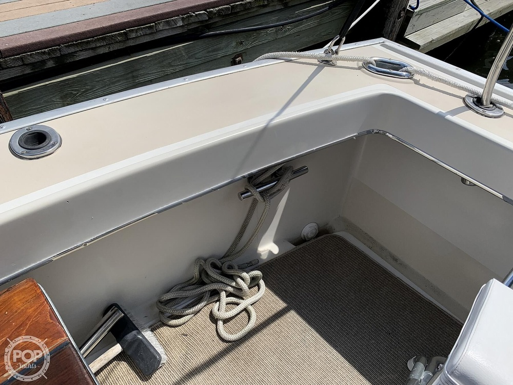 1984 Silverton boat for sale, model of the boat is 34 Convertible & Image # 12 of 40