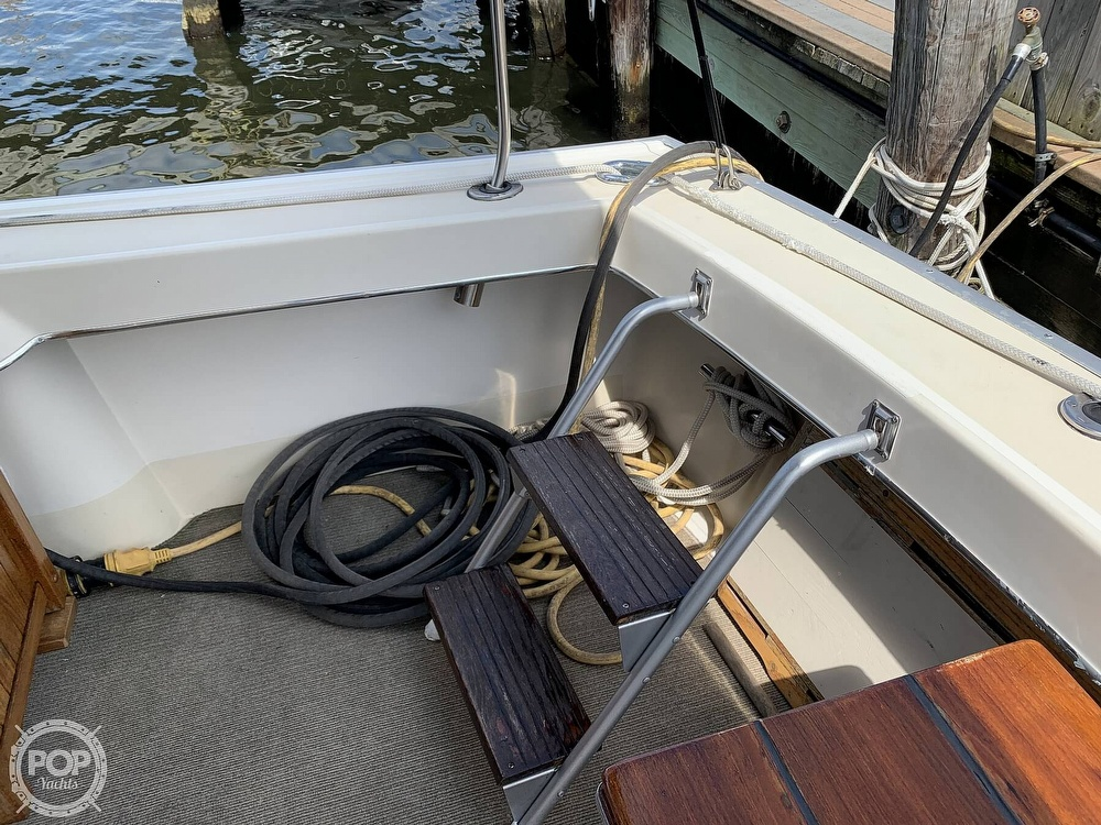 1984 Silverton boat for sale, model of the boat is 34 Convertible & Image # 21 of 40