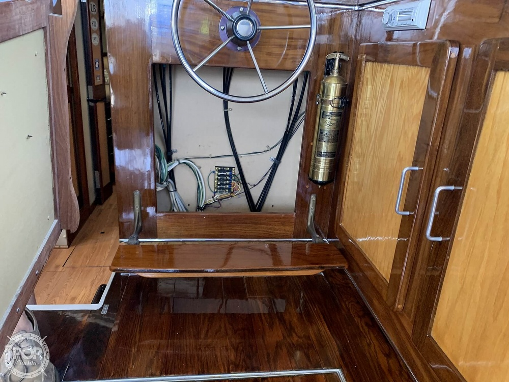 1984 Silverton boat for sale, model of the boat is 34 Convertible & Image # 38 of 40