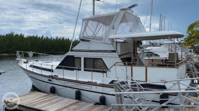 President Double Cabin Motor Yacht, 42', for sale - $69,000
