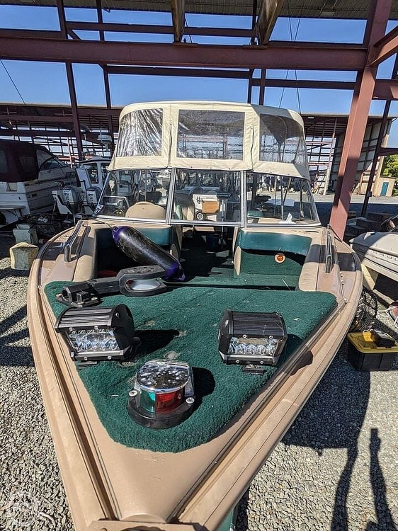 1998 Lund boat for sale, model of the boat is 2150 Baron Magnum & Image # 23 of 40