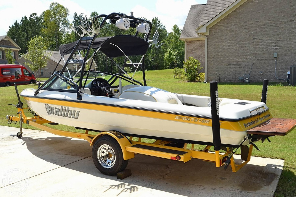 2000 Malibu boat for sale, model of the boat is Sportster LX & Image # 14 of 40