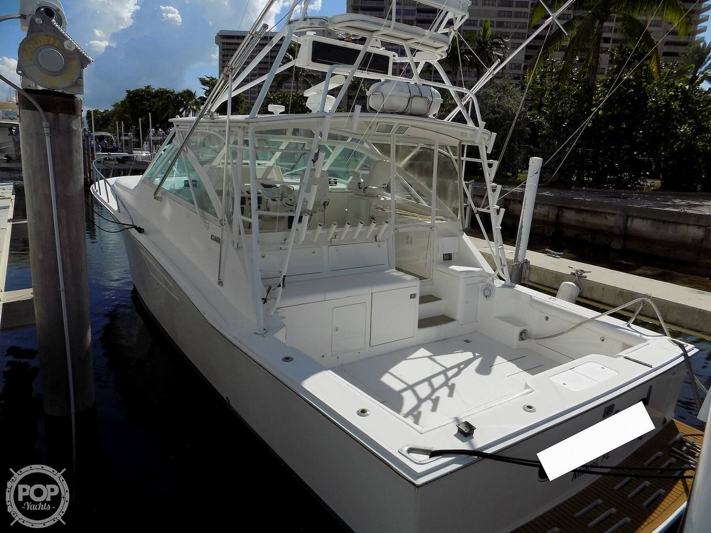 2000 Cabo boat for sale, model of the boat is 45 Express & Image # 4 of 40