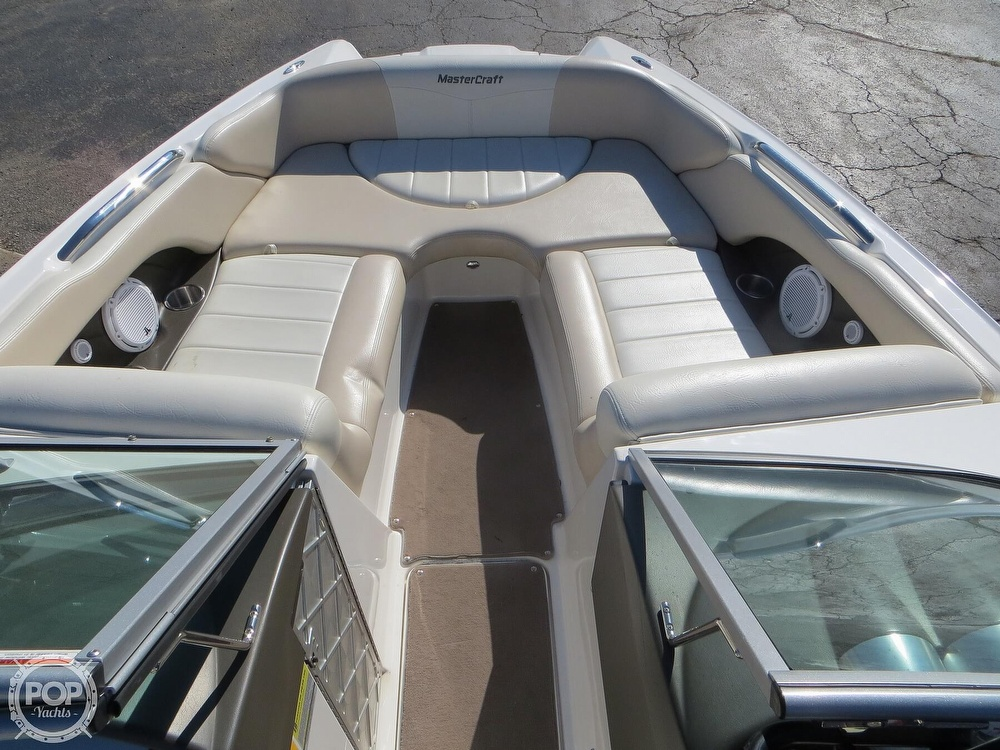 2007 Mastercraft boat for sale, model of the boat is 245 Maristar & Image # 4 of 40