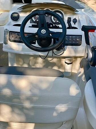 2017 Bayliner boat for sale, model of the boat is 195DB & Image # 15 of 40