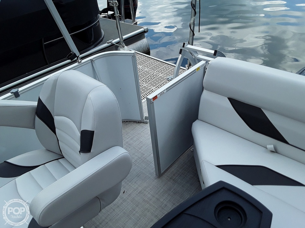 2021 SunCatcher boat for sale, model of the boat is 16C & Image # 11 of 40