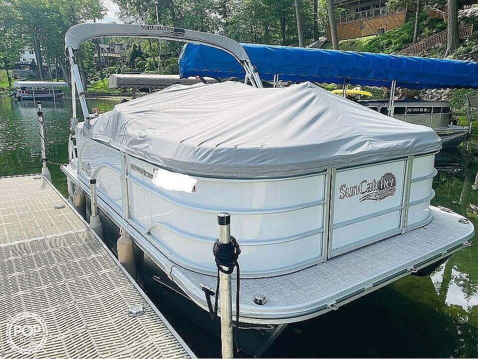2021 SunCatcher boat for sale, model of the boat is 16C & Image # 3 of 40