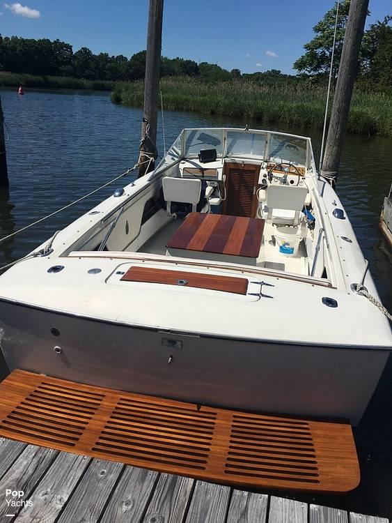 1972 Chris Craft boat for sale, model of the boat is Lancer 23 & Image # 23 of 40