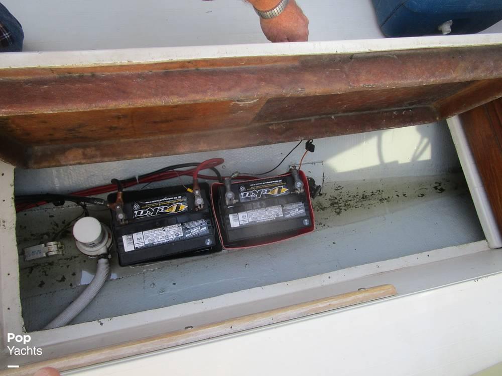 1972 Chris Craft boat for sale, model of the boat is Lancer 23 & Image # 29 of 40