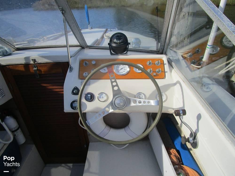 1972 Chris Craft boat for sale, model of the boat is Lancer 23 & Image # 27 of 40