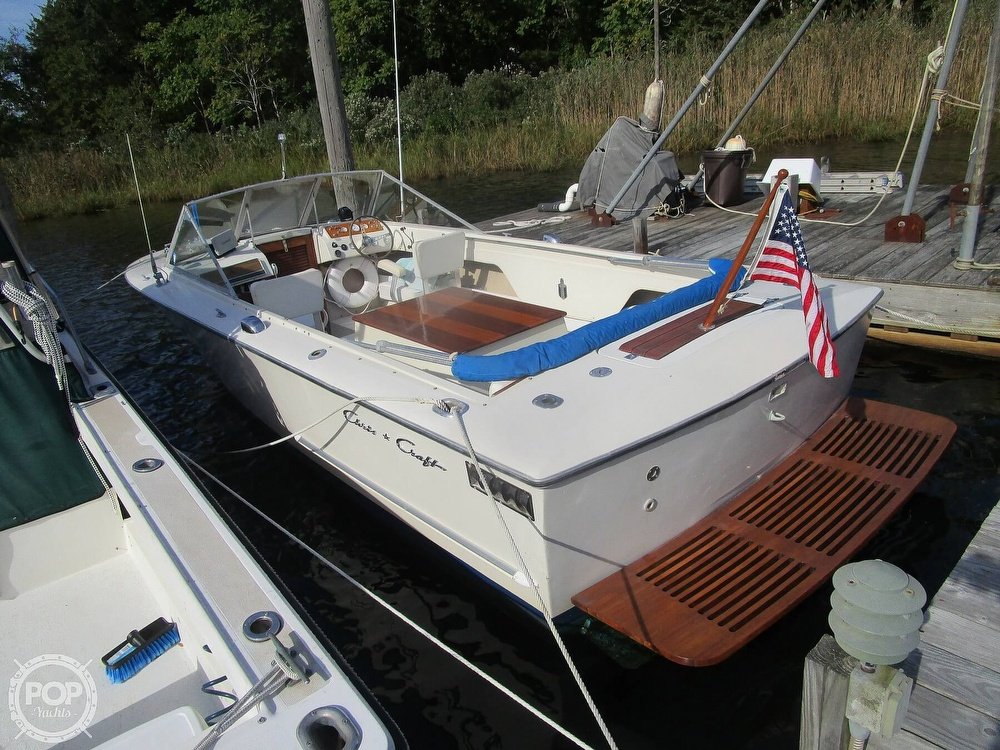 1972 Chris Craft boat for sale, model of the boat is Lancer 23 & Image # 7 of 40