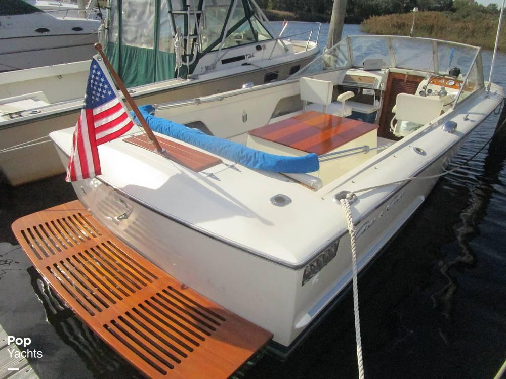 1972 Chris Craft boat for sale, model of the boat is Lancer 23 & Image # 10 of 40