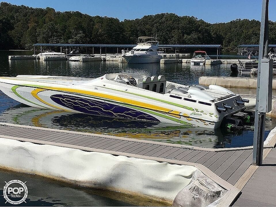 2005 Ocean Express boat for sale, model of the boat is 38' Starship & Image # 2 of 40