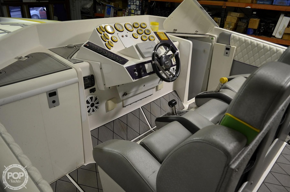 2005 Ocean Express boat for sale, model of the boat is 38' Starship & Image # 9 of 40