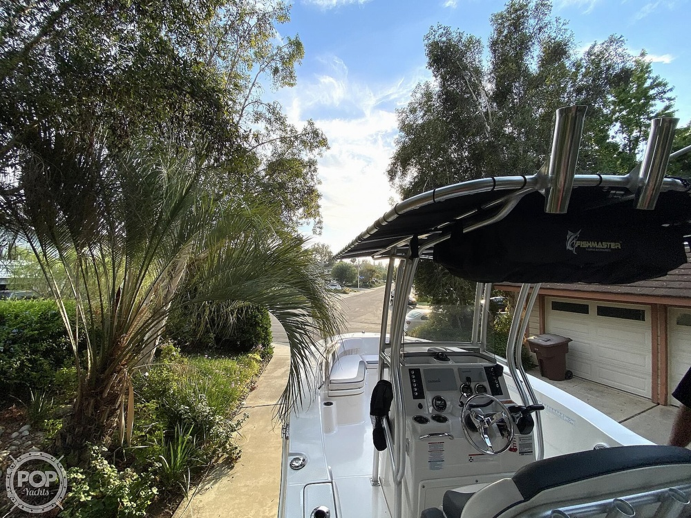 2019 Robalo boat for sale, model of the boat is R200 Center Console & Image # 11 of 41