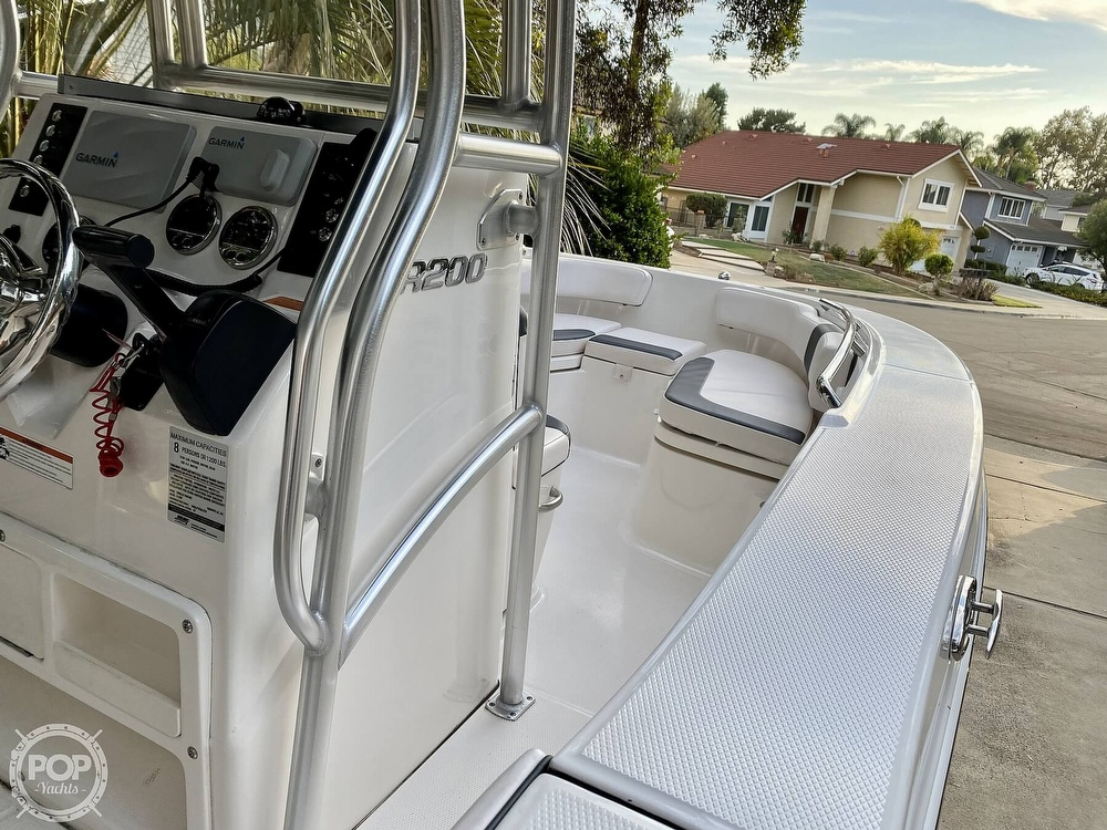 2019 Robalo boat for sale, model of the boat is R200 Center Console & Image # 21 of 41