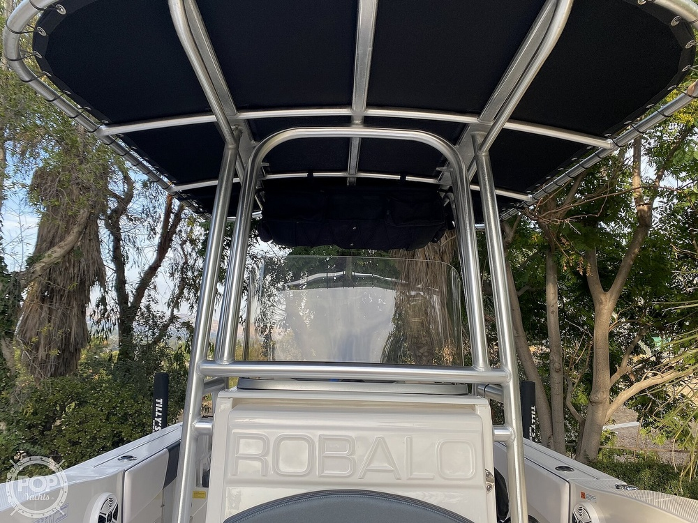 2019 Robalo boat for sale, model of the boat is R200 Center Console & Image # 29 of 41