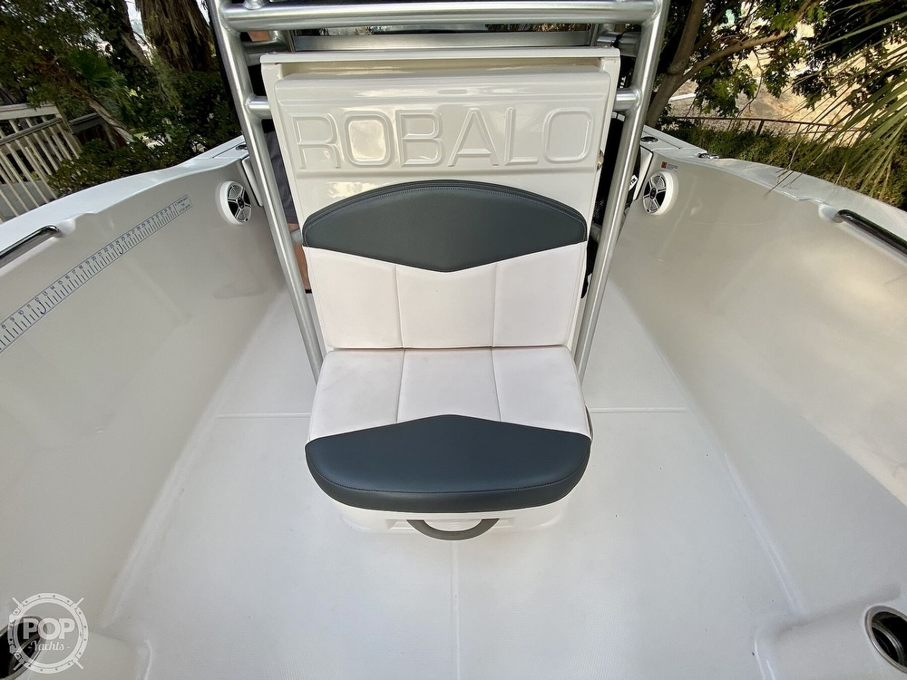 2019 Robalo boat for sale, model of the boat is R200 Center Console & Image # 30 of 41